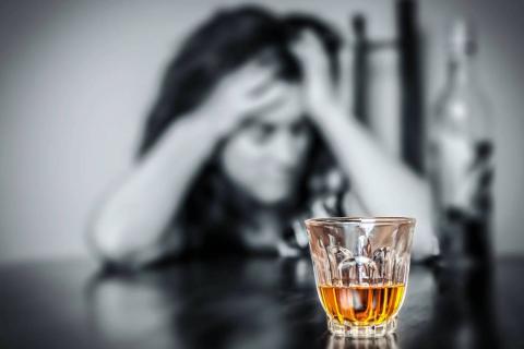 Як вивести близьку людину з запою